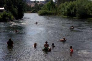 Riverglade Caravan Park Tumut River swimming hole