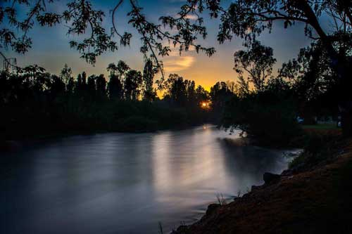 Sunset calm riverglade caravan park