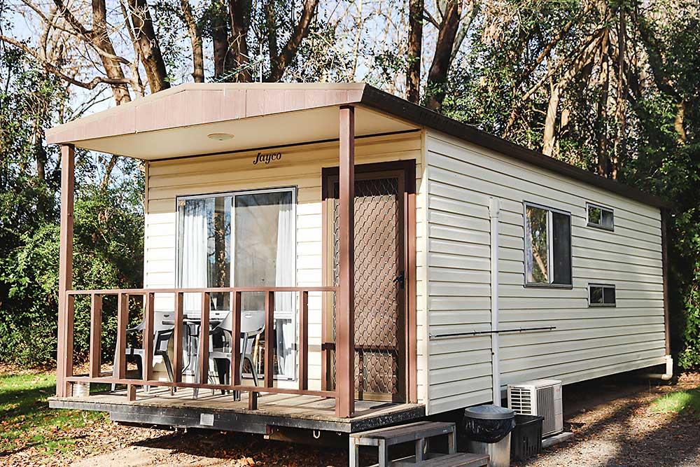 Riverglade CP Tumut Standard 4-Berth Cabin